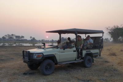 Okavango Hidden Gems - Okavango Delta - Botswana - Sunrise Game Drive